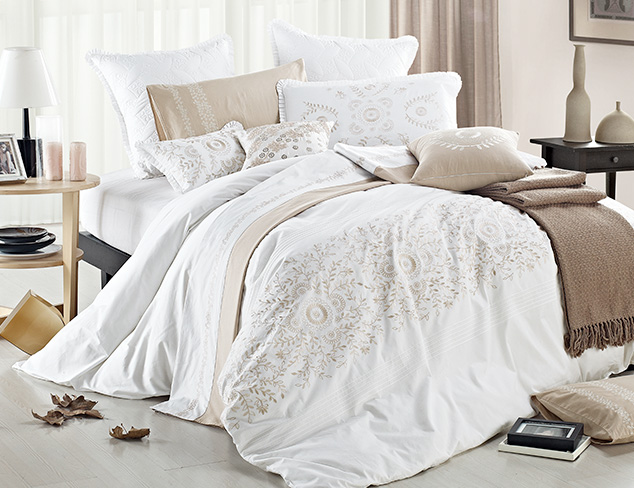 Bedding Essentials by Mélange Home at MYHABIT