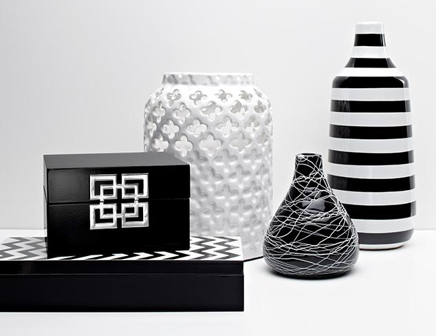 Black & White: Accents & Décor at MYHABIT