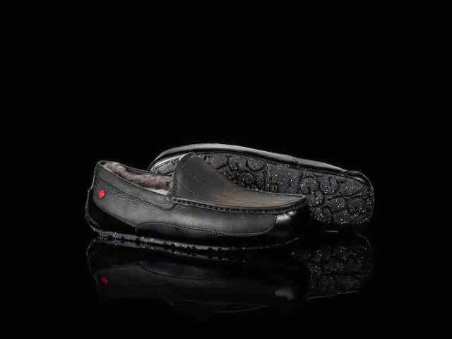 Star Wars x UGG Men's Darth Vader Ascot Slipper