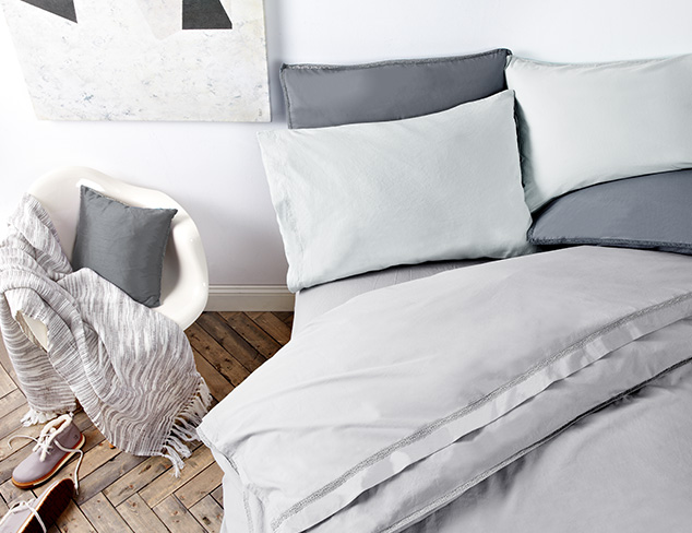 In the Grey Bedding at MYHABIT