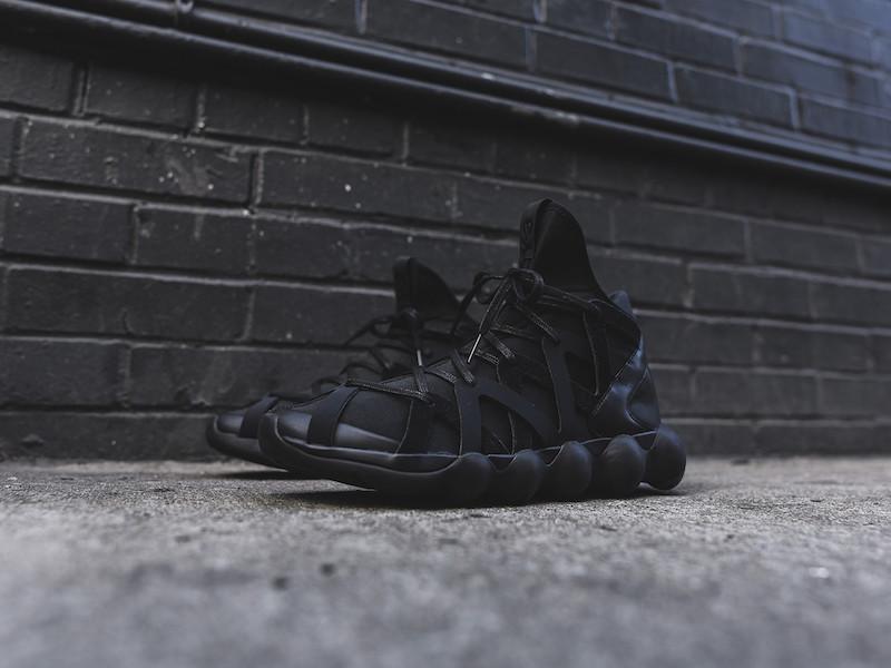 Y-3 Yohji Yamamoto Kyujo High Sneakers in Triple Black_2