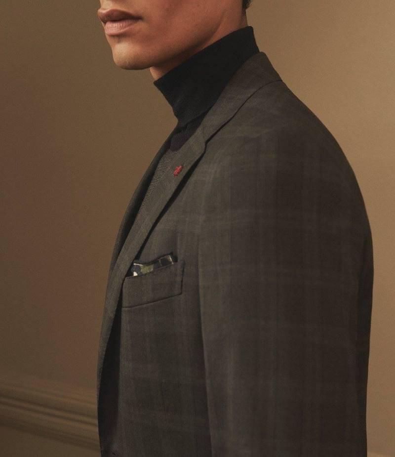 ISAIA Wool Blend Turtleneck Sweater