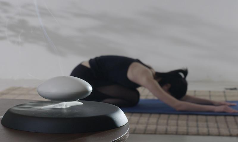 YUN Levitating Incense Holder Yoga