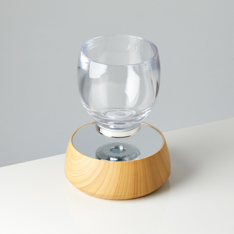 Box & Accent Levitating Cup