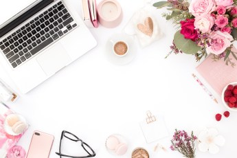 haute-chocolate-styled-stock-photography-pink-red-floral-mockup-flatlay-stock-17-final