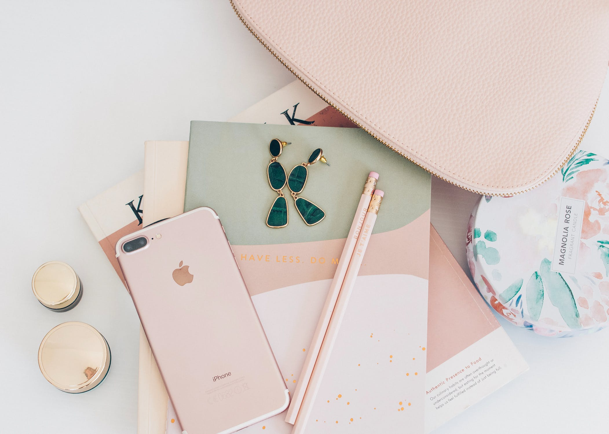 5 Things to Know When Looking for Custom Made Accessories
