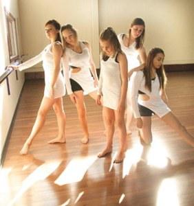 mariposa dance company