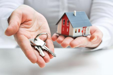 keys handed to new home owner