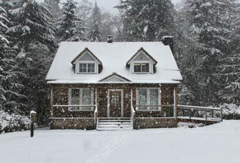 house in winter requires good insulation
