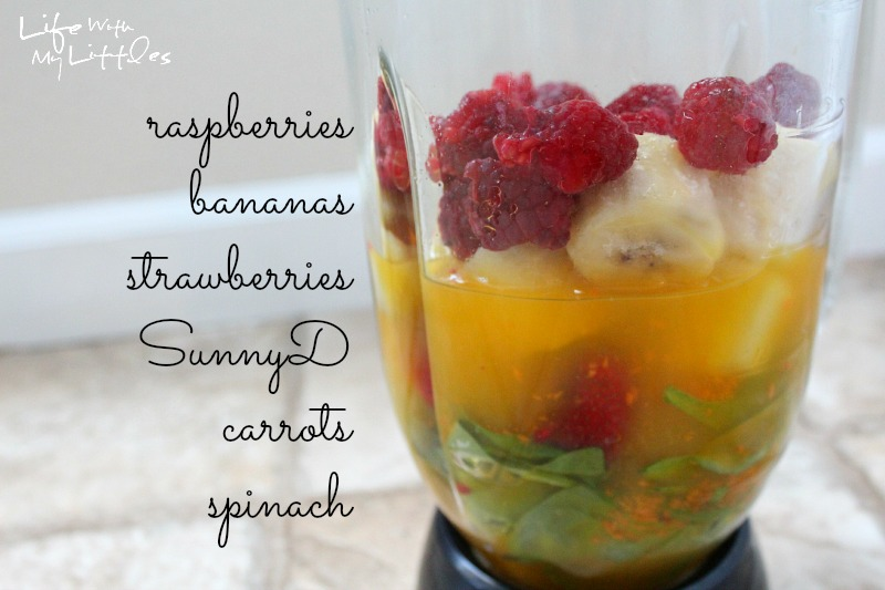 fruit smoothie, fruit and veggie smoothie, veggie smoothie, sunnyd recipe, summer recipe, breakfast smoothie