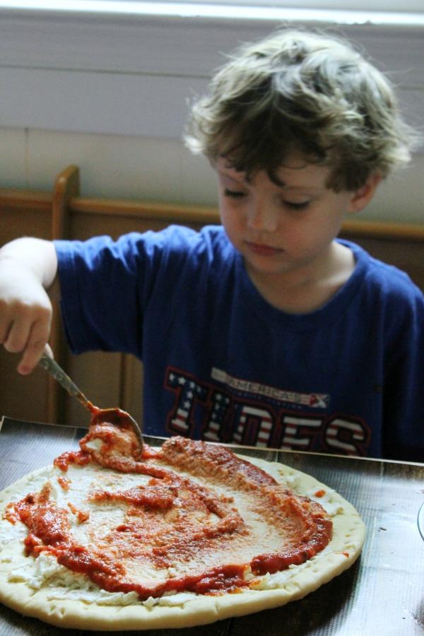 Saucy Pizza #FamilyFavorites #CollectiveBias