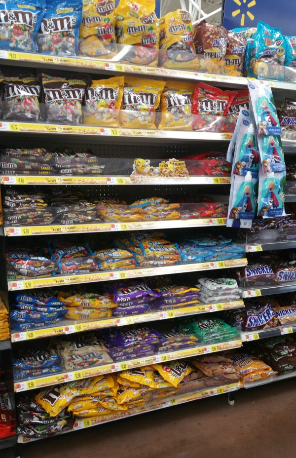 M&M's In Store #collectivebias #CrispyisBack