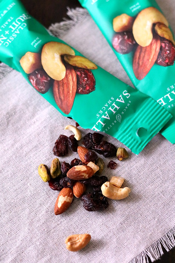 fruit-nut-trail-mix