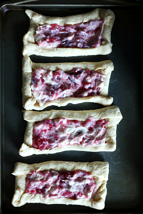 easy-cranberry-danishes