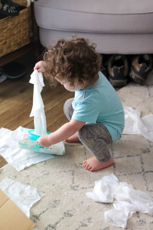 Sam Loves Pampers Sensitive Wipes!
