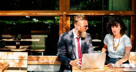 """Talk Business Languages:<br/>Consigue posicionarse como nº1 en búsquedas de Google por su palabra clave """"cursos de inglés in company""""."""