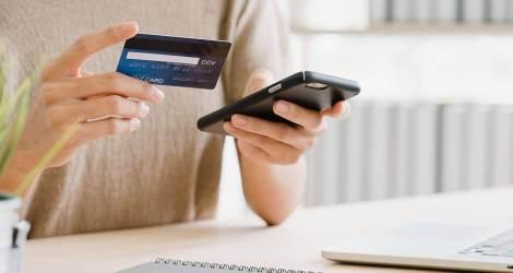 Pixebuy:<br/>Un holding de negocios online en expansión y crecimiento continuo