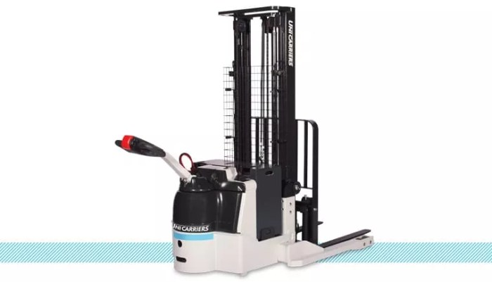 Unicarriers WSX Walkie Straddle Stacker