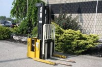 Used Yale Walkie Reach Stacker
