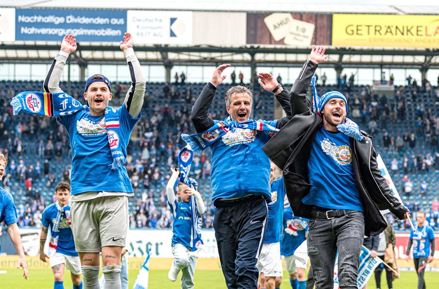 Hansa Rostock Aufstieg 2. Liga . Kader Finanzen Und Co So Plant Hansa Fur Die 2 Bundesliga Liga3 Online De