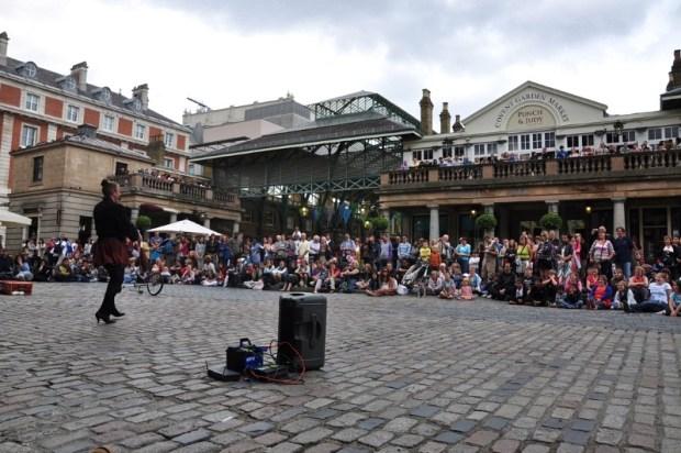 Cidades Sense8 - Riley Blue - Londres, Inglaterra