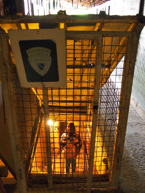 Túnel da Esperança em Sarajevo na Bósnia e Herzegovina - Museu do Tunel da Esperança e parte do Tunel