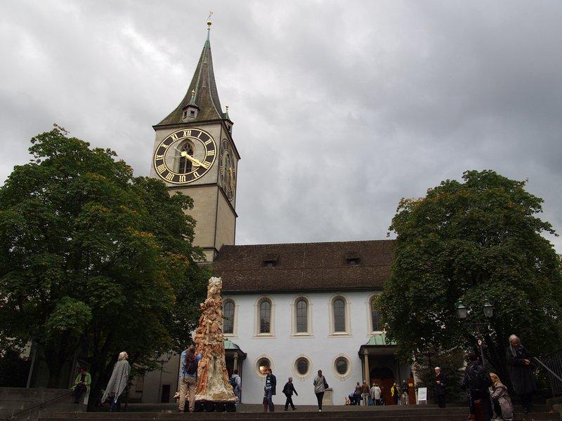 O que fazer em Zurique - Sankt Peter Kirche