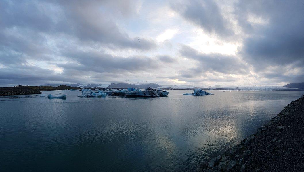 Cidades Sense8 - Riley Blue - Islândia