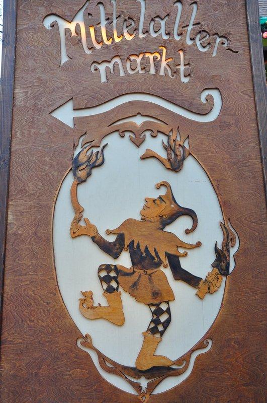 Mercado de Natal Pforzheim Alemanha - Placa do mercado medieval