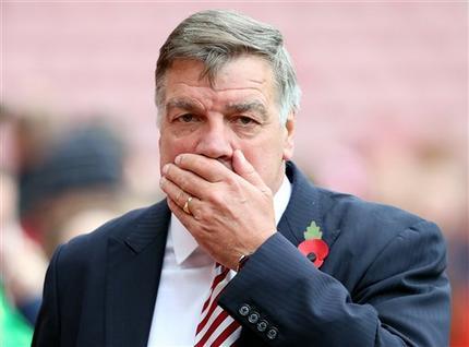 Allardyce renuncia a selección de Inglaterra