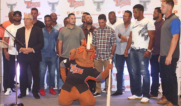 Mike Guerrero proclama que con talento, ganas y voluntad Toros irán por la corona