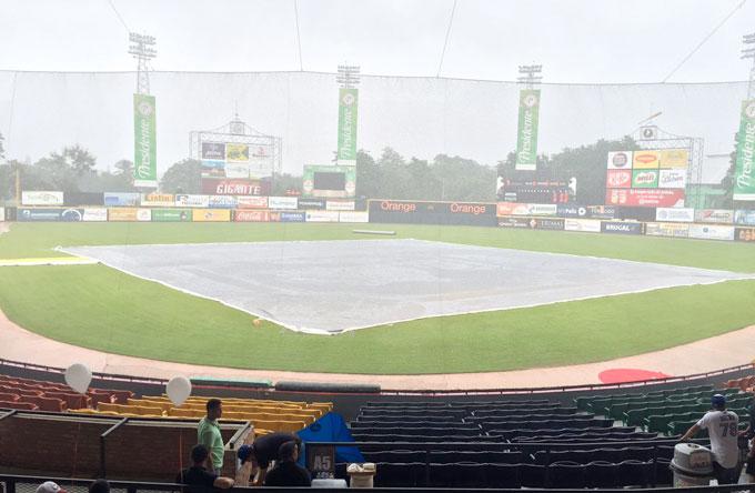 Juego Toros y Gigantes suspendido por lluvias