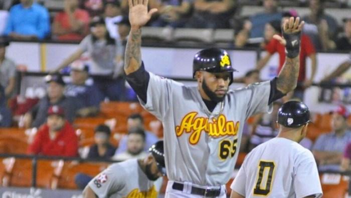 Los Tigres Del Licey se coronan Campeones Nacionales 2016-2017