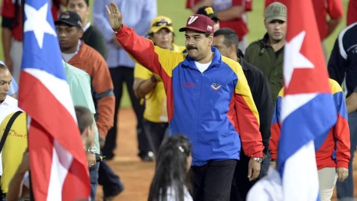 Presidente de Venezuela ataca a Italia por tener americanos