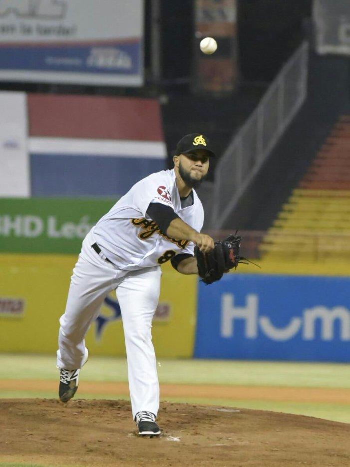 Águilas vencen Leones y marchan segundo en semifinal del béisbol dominicano