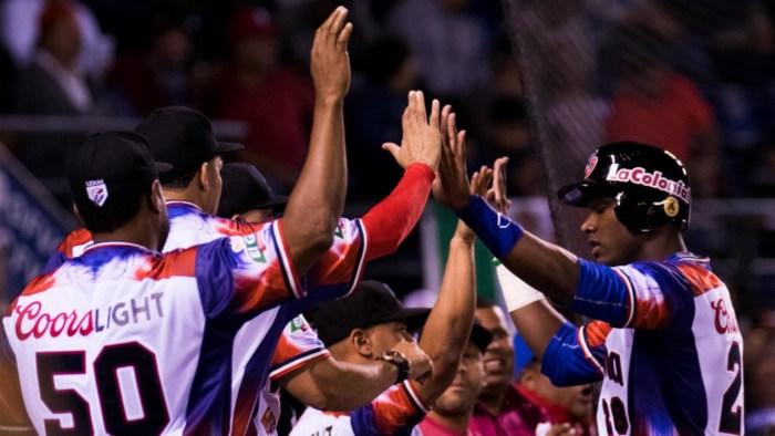 República Dominicana sacó la clase para vencer a Cuba y pasar a semifinales de la SC
