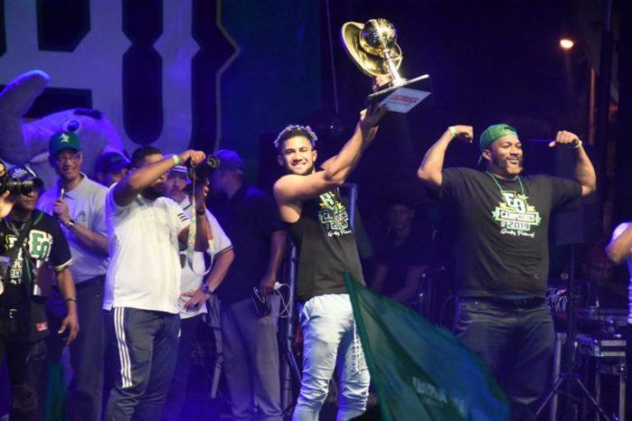 Estrellas llevarán trofeo de campeón a Nueva York