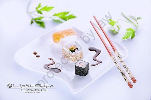 Sushi 24 Bearbeitet Kopie1 - Foodfotografie,  essbar oder ungenießbar? - produktfotos, fototips, allgemein - Werbefotos, Produktfotos, foodfotografie, Essen & Trinken
