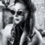 Glamour 50er Caro 25 Bearbeitet Kopie - Winterwonderland - im Studio - rund-um-rodenbach, portraets, besondere-portraets, abseits-des-alltags - Porträts, Glamour, Frauen, besondere Porträts