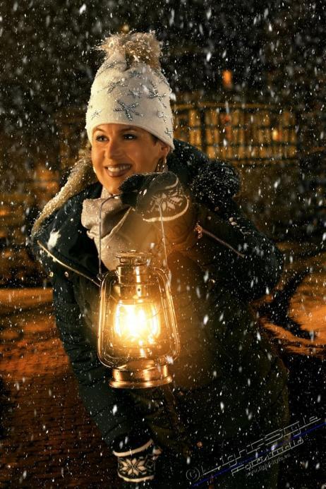 Winterstimmung 1 32 - Winterwonderland - im Studio - rund-um-rodenbach, portraets, besondere-portraets, abseits-des-alltags - Porträts, Glamour, Frauen, besondere Porträts