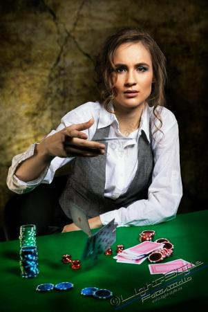 Nicola-The Gambler 2017-55