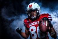 LS 0184 - American Football  - Sportlerporträts - sportlerfotos, portraets, besondere-portraets, allgemein, abseits-des-alltags - Sportlerfotos, Porträts, Männer