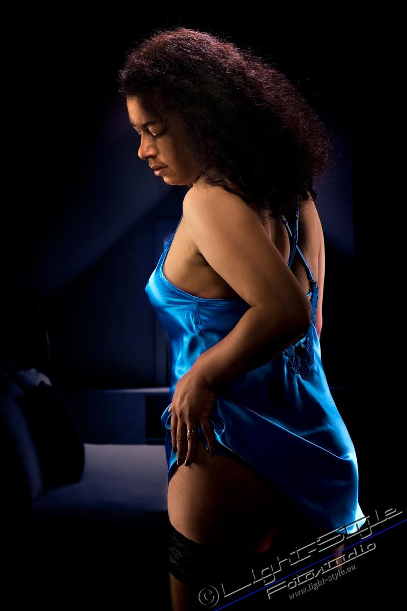 A20T0101 301 - Erotik abseits Kleidergröße 34 - frauen, allgemein, aktfotos - Ü50, Geschenke, Frauen, Erotikfotos, Erotik, Aktfotos