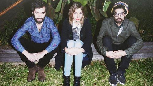 החיים בבורדו. ג'יין בורדו מימין לשמאל: אמיר זאבי, דורון טלמון ומתי גלעד. צילום: גוני ריסקין