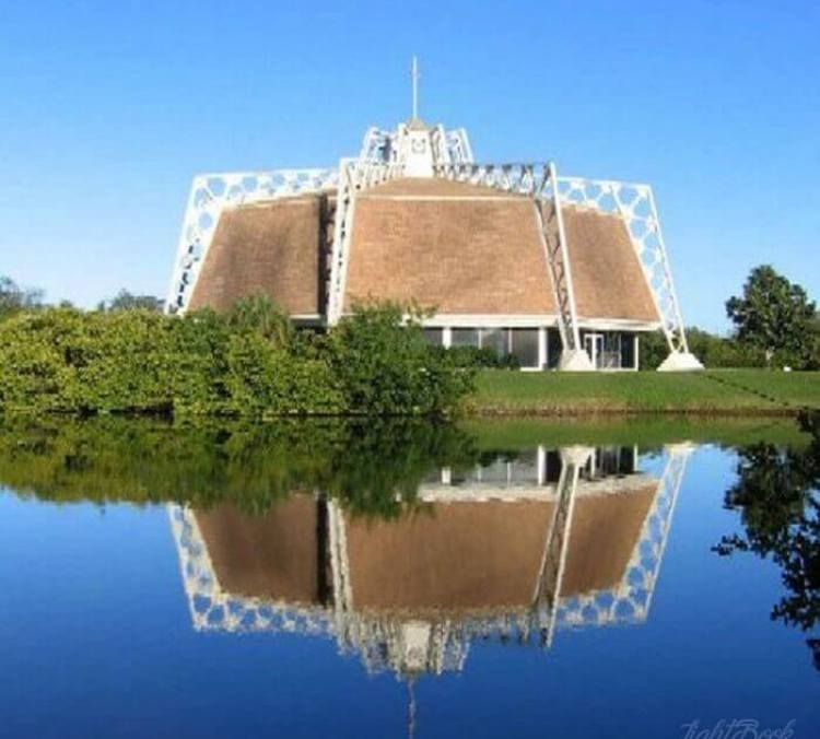 The Most Beautiful and Unusual Churches In The World-22