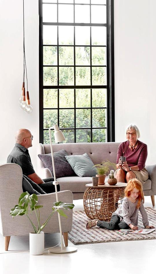 how to light small living rooms