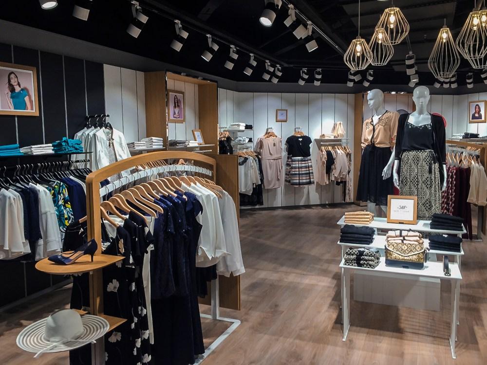 Retail éclairagiste mode femme