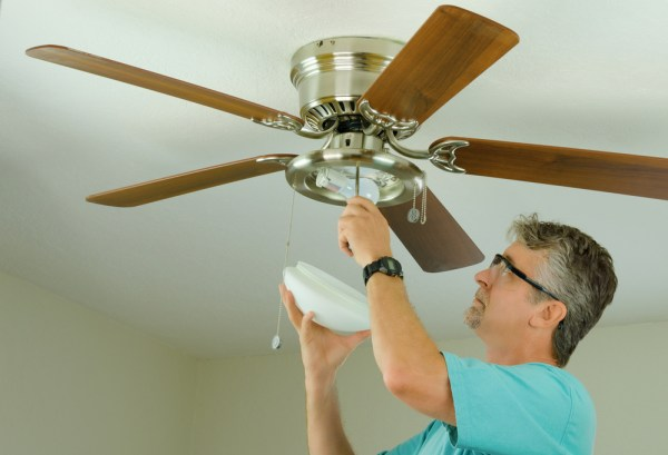 How to remove a ceiling fan