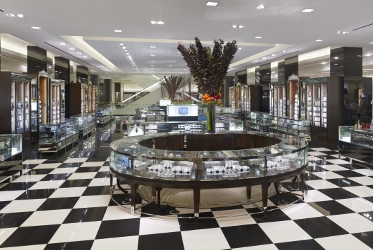 Bloomingdale's San Francisco, California. Architects - RYA Design Consultants. Image courtesy of Acuity Brands Lighting.
