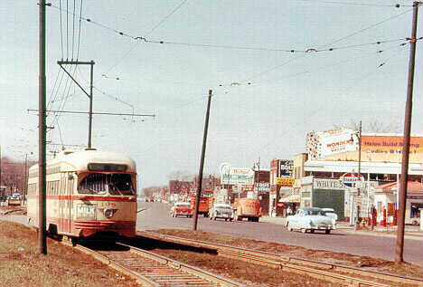 Street car on Woodward at 6 Mile